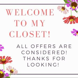 ⭐️ Welcome to My Poshmark Closet ⭐️